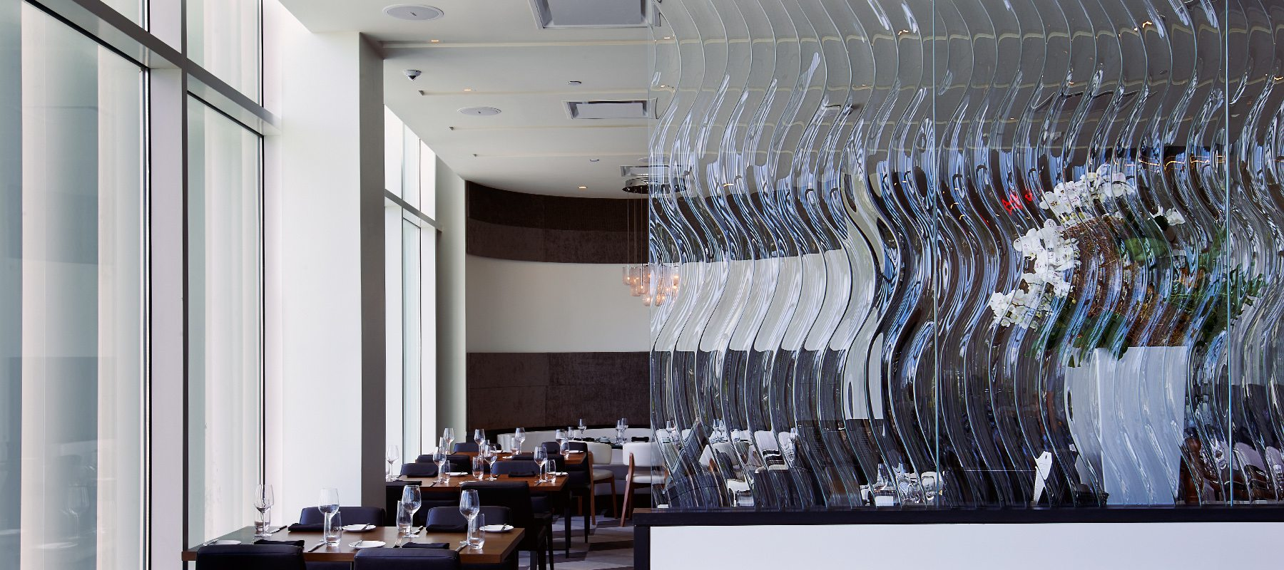 echo decorative glass partition