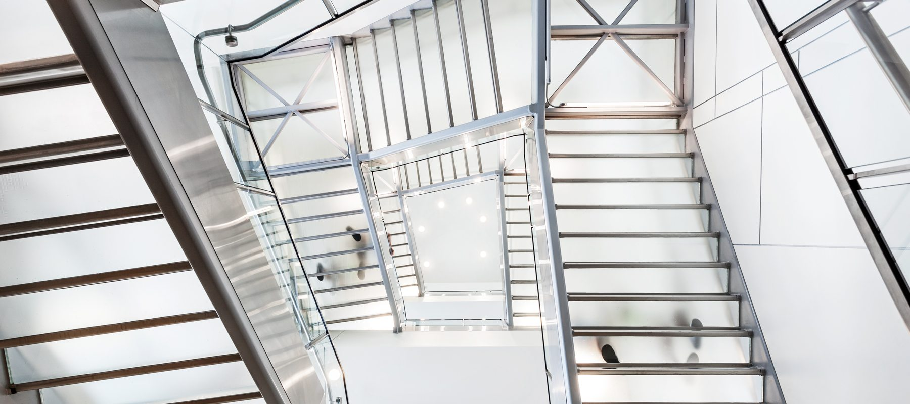 glass stairs treads
